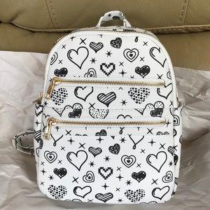 NWT Under1sky Heart Backpack